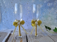Groom Wedding Quinceanera Champagne Toasting Flute with Rhinestone Golden Lace Bow Decorated Glasses, Set of 2