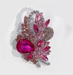 Pink Flower Pattern Brooch Studded with Rhinestones for Women Wedding Bouquet Sweater